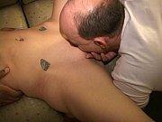 Порно видео онлайн мужик мастурбирует хуй