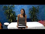Красивые длинноногие девушки в мини платьях на видео