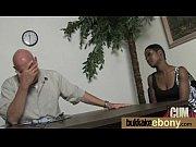 Жена заставляет смотреть мужа как её ебут