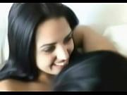Девушка с в гостях у друга порно видео