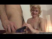 Смотреть поруху рабыни целуют ножки своей госпоже