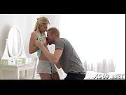 Русское домашнее порно с грудастой женой брюнеткой