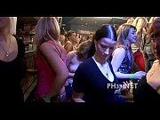 Смотреть онлайн корпо госпожа какает в рабу видео