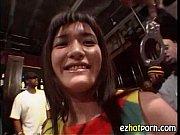 домашнее порно зрелой фигуристой брюнетки с карэ в колготках видео