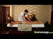 парень заставляет заняться сексом видео