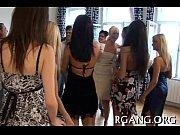 Порно вечеринка сосут у стриптизера