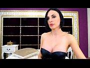 Видео девушки с большой грудью на улице
