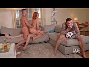 секс в людном месте видео онлайн