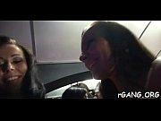 Певица максим случайно обнажила грудь по телевизору