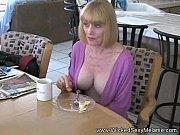 Порнофильмы мать трахаеца с парнем дочки
