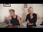 Смотреть порно племянник сделал илитно красивой тёте массаж
