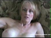 Порно ролики медсестра делает минет