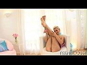 Видео ебля мамкиной волосатки