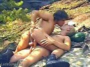 Lindos amigos gays fazendo anal