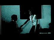 Танцует голая перед парнем видео
