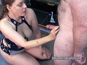 Мужчина не входит во влагалище и дразнит ее видео 3 фотография