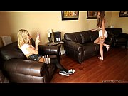 Девушки модели с длинными ногами