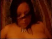 Видео девушки в колго ках в ночном клубе