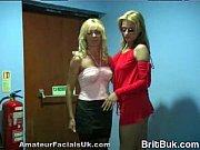 порно женщины зажимают рот мужчинам и дрочат член