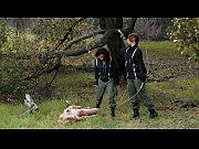 Секс в лесу с монашкой