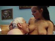 Смотреть порно старуха с молодой онлайн