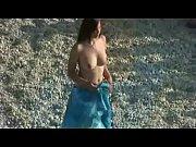 Bruneta Tanara Suge Pula Pe Plaja