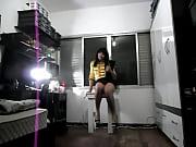 Гимнастка отдалась перед объективом видео камеры