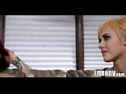 Французский порно фильм доктор палец