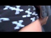 Порно видео дамы по очереди голойжопой садятся парню на рот