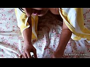 Толстый папа трахает худую дочку видео