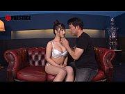 ド素人のド素人女性の動画。美味しそうな体をした女が口とマ○コ同時責めされる◆ド素人◆