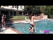 Видео зрелые женщины мастурбируют раком