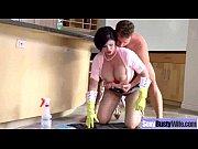 Секс в первый раз видео реальное