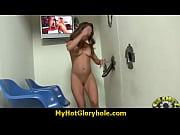 Обвисшие сиськи женщин в бане