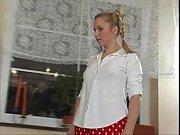 Польская красавица за деньги дает прямо на улице