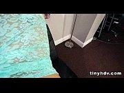 Порно дочка пришла и легла к отцу в пастель