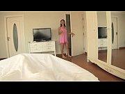 Смотреть видео онлайн парень схватил девушку затащил в комнату и против воли оттрахал