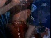 Дросил подглядывал за собственной мачехой видео порно