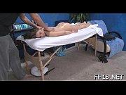 Смотреть порно видео телки ебуться в стрингах