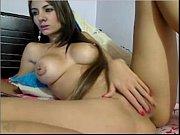 Две девушки заставляют лизать порно