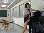 素人のオナニー, 学校動画