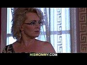просмотр онлайн порно ролика мать трахается с дочкой