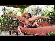 Порно видео красивые попки ебут негры