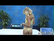 Порно с длинноногой кабылкой в белых чулках видео