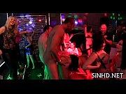 Порно видео где мужики сосут свои члены