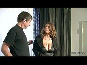 Лесбиянка делает массаж русское пороно