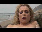 Видео как девушка трахаться с мужчиной