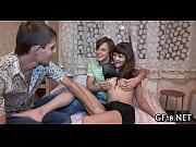 Мужик трахает девушку брат дрочит на систру