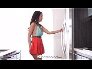 Passion-HD - Half naked cooking cutie Dillion H...