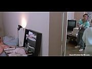 Смотреть видео мужик лижет большой клитор